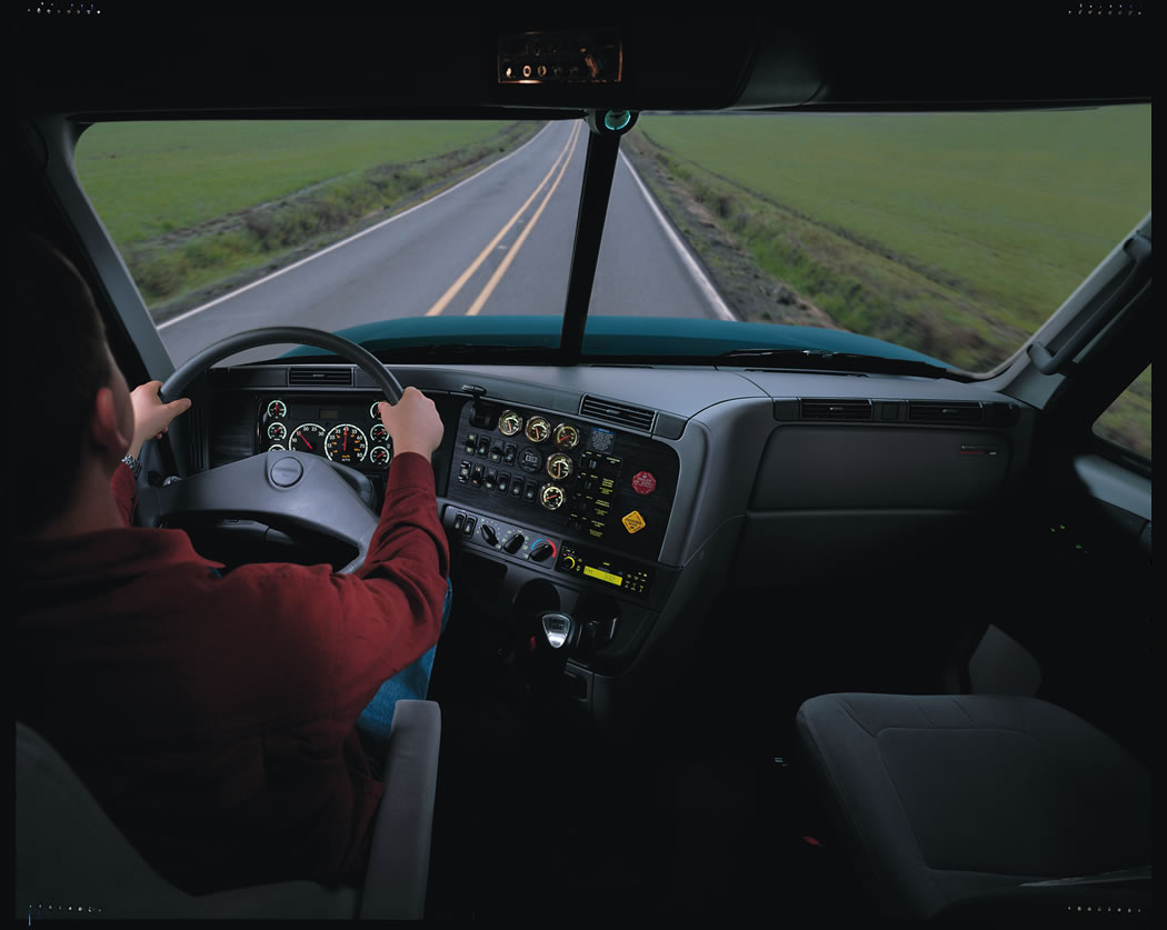 Freightliner_Columbia_pic_37556